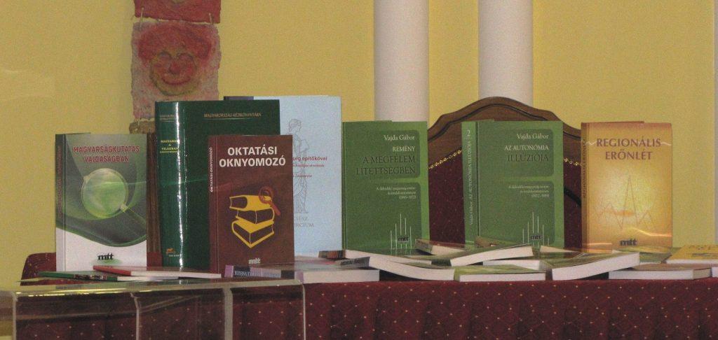 mtt könyvek